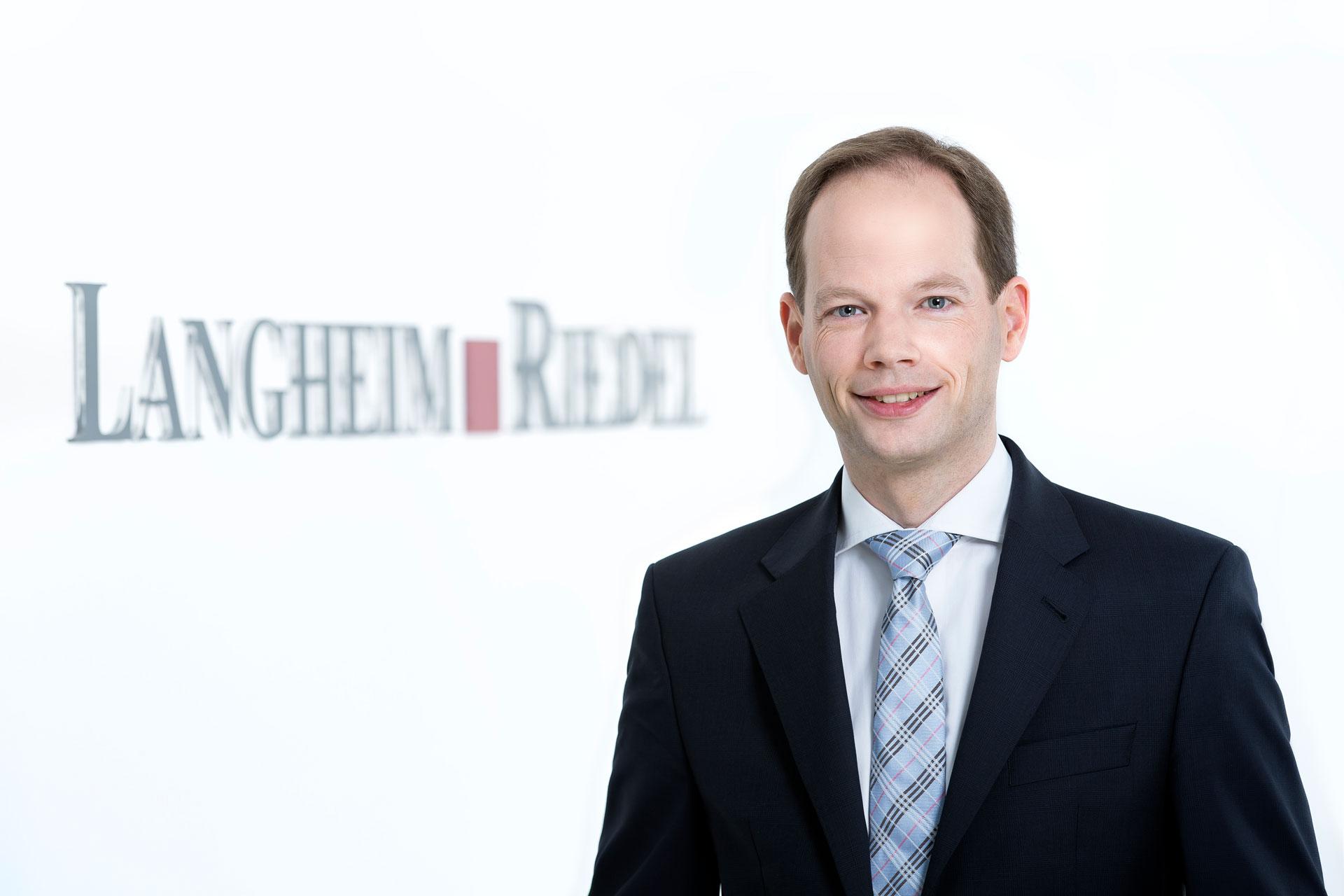 Dr. Marcus Fleige